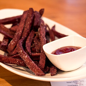 Red Wine Fries with K-J Cabernet Ketchup